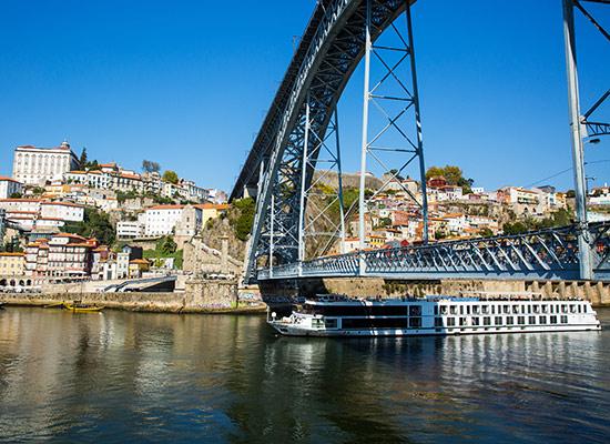 Pont Maria Pia sur le Douro